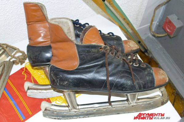 На сленге советских мальчишек коньки – это хаги.