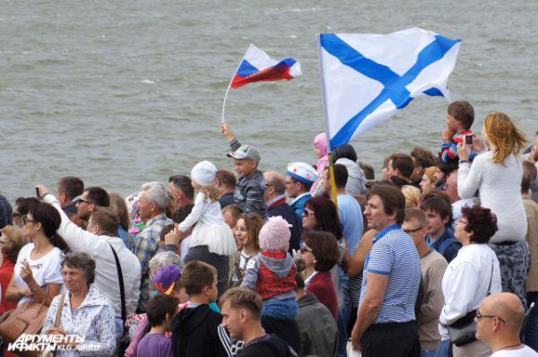 Андреевский флаг - символ чести и доблести российского флота.