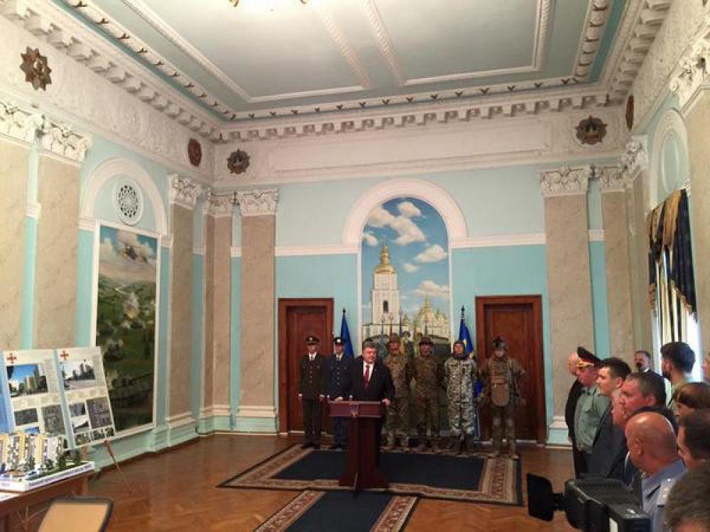 Мощные и грозные – как выглядят украинские военные в новой форме