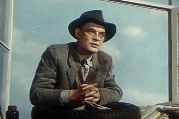 За роль в фильме «Большая семья» Кадочников получил Серебряную премию за лучшую мужскую роль Каннского кинофестиваля 1955 года.
