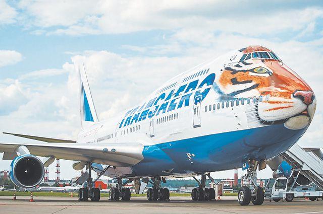 Гигантский двухэтажный самолёт приобрёл морду хищного зверя...