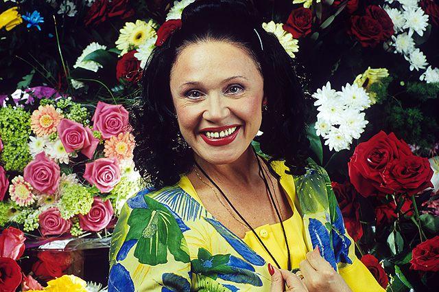 Народная артистка России споёт с омичами.