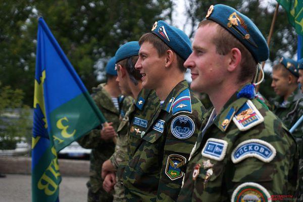 В нем приняли участие порядка 500 десантников.