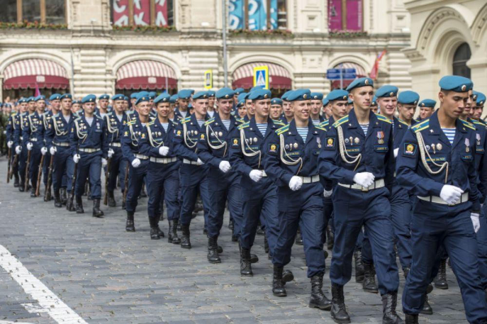 Десантники на праздновании 85-летия Воздушно-десантных войск на Красной площади.