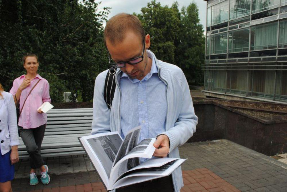 Детская библиотека имени С.Т.Аксакова. Вопросов по ходу экскурсии хватало. За ответом на некоторые приходилось заглядывать в книгу.