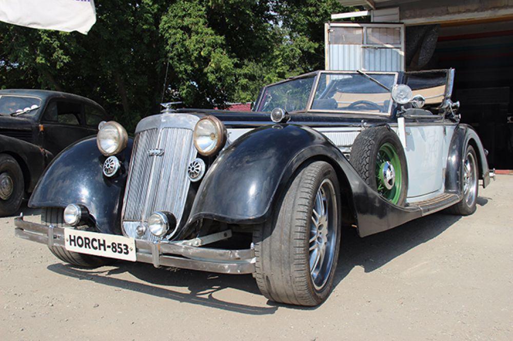 Август Хорьх, создаваший эти автомобили, основал впоследствии фирму Audi.