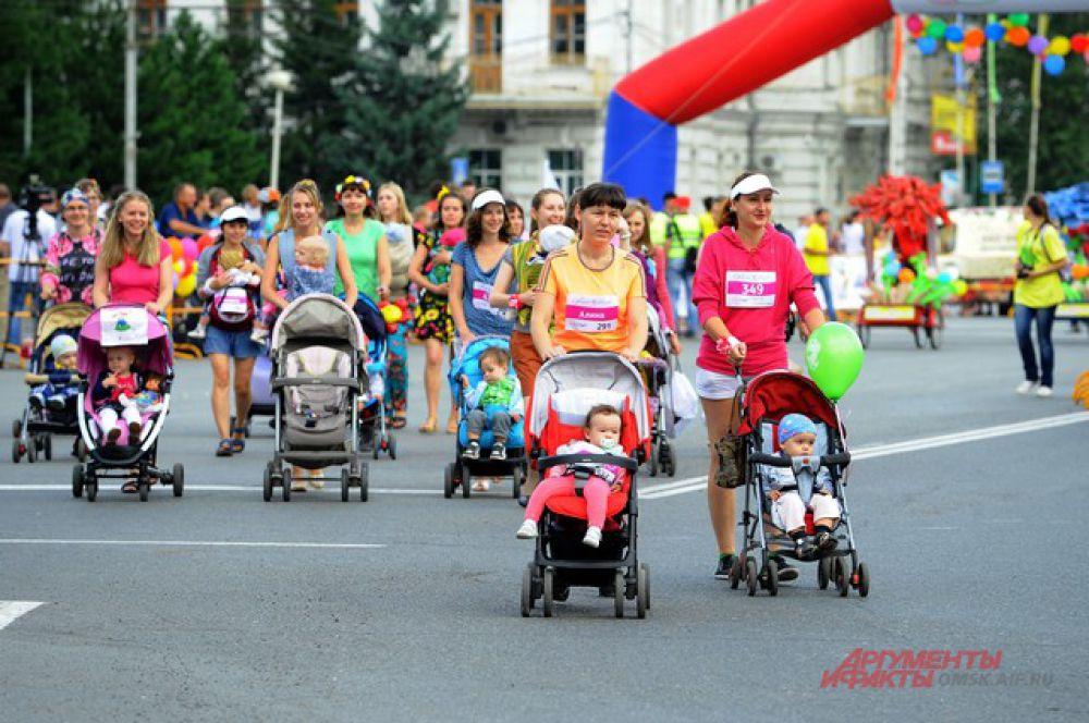 Цветочный забег в Омске.