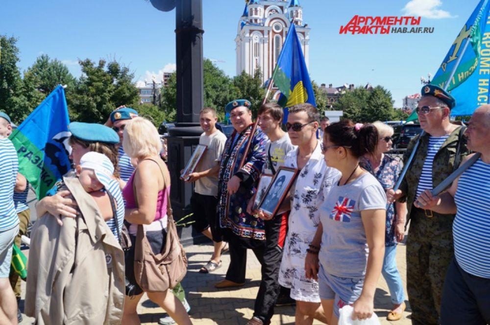 В крестном ходе участвовали и предки нынешних ВДВшников