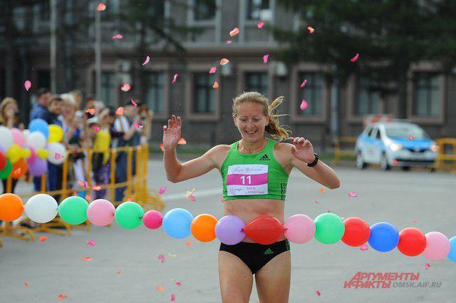 Марина Ковалёва вновь финишировала первой.