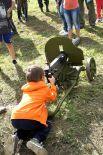 Дети могли вдоволь наиграться в войну.