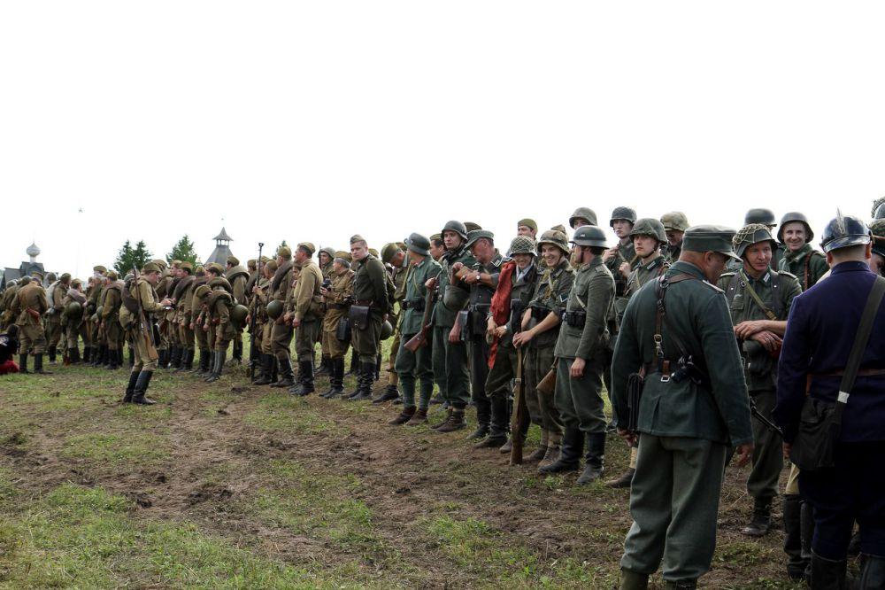 Моравско-Остравская наступательная операция проводилась в марте–мае 1945 года войсками 4-го Украинского фронта. Цель операции – разгром армейской группы «Хейнрици» и освобождение Моравско-Остравского промышленного района, расположенного на востоке Чехословакии