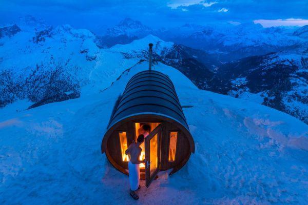 8 место досталось фотоработе Стефано Зардини, запечатлевшему сауну в небе. Доломитовые Альпы, Италия