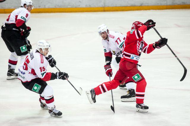 Хоккеисты «Автомобилиста» вернулись со сборов в Чехии