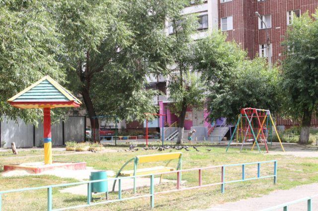 Мэрия Челябинска отремонтирует 14 дворов до конца 2015 года