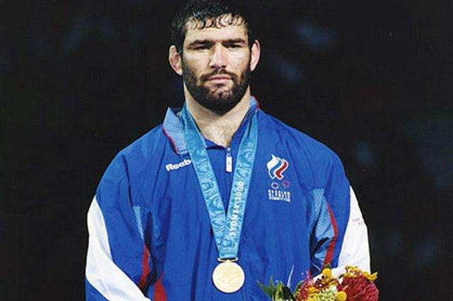 Особое место в длинном списке достижений Сагида Муртазалиева занимает победа на Олимпийских играх в Сиднее в 2000 году.