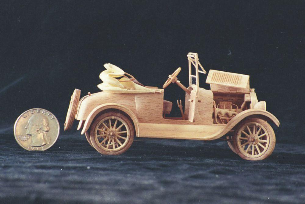 Модель машины Ford Model A Phaeton.