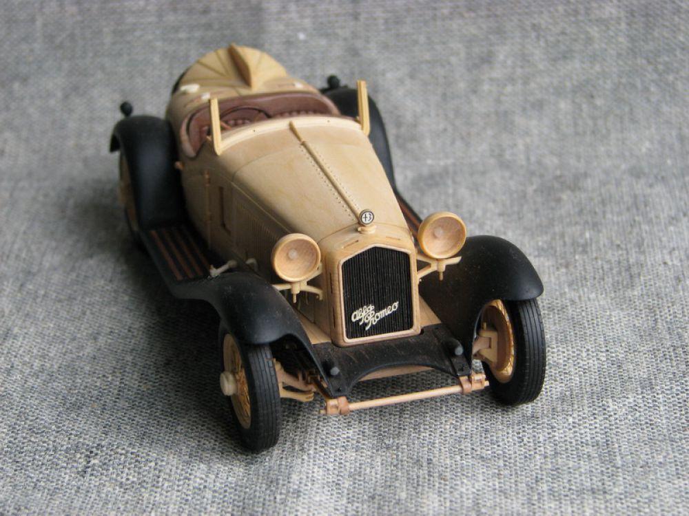 Alfa Romeo 8C — легендарное название автомобилей итальянской автомобильной компании Alfa Romeo. Данное название использовалось для обозначения дорожного, гоночного и спортивного автомобиля в 1930-х годах.