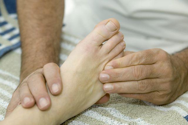 Люди с ограниченными возможностями здоровья трудоустраиваются в том числе и массажистами.