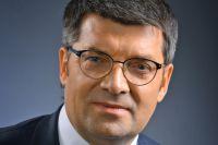 Право на участие в предвыборной гонке Олег Денисенко отстаивает в суде.