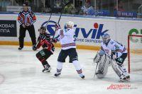 Василий Кошечкин был заменён после пропущенной третьей шайбы.