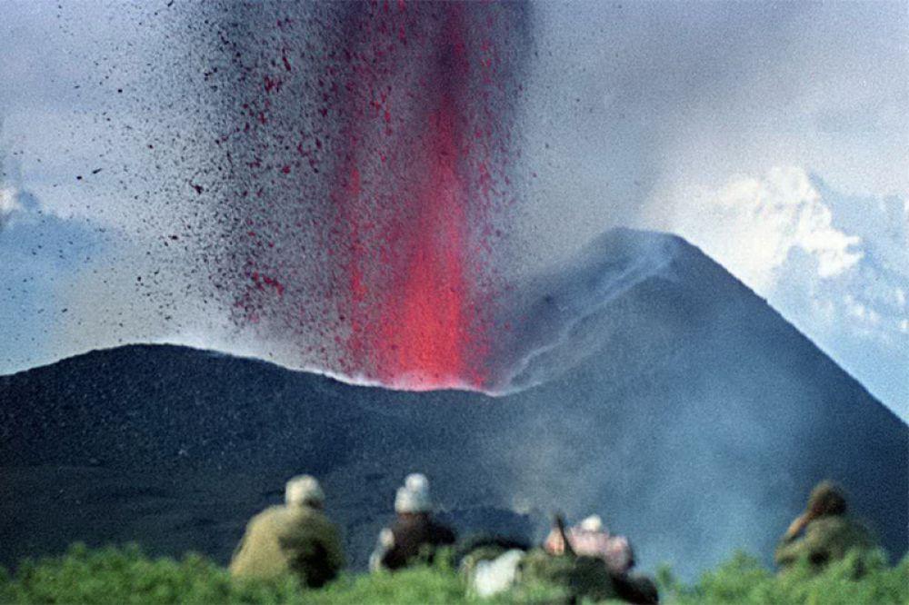Свидетели рождения нового вулкана.