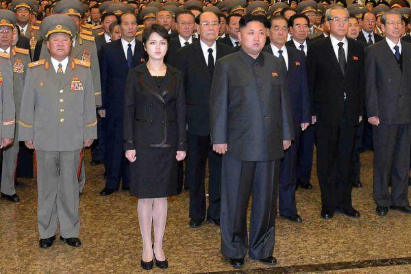 Ли Соль — супруга лидера КНДР Ким Чен Ына. Впервые об их узаконенных отношениях средства массовой информации КНДР сообщили 25 июля 2012 года. Супружеская чета стала появляться на публике за несколько недель до этого. Предполагается, что Ким Чен Ын узаконил с ней отношения в 2009 году. По сведениям из СМИ, осенью-зимой 2010 года или зимой 2011 года она родила ребёнка, на появлении которого настаивал её свёкор Ким Чен Ир; второй ребёнок у неё родился в конце декабря 2012 года, ребенка назвали Чжу Э.