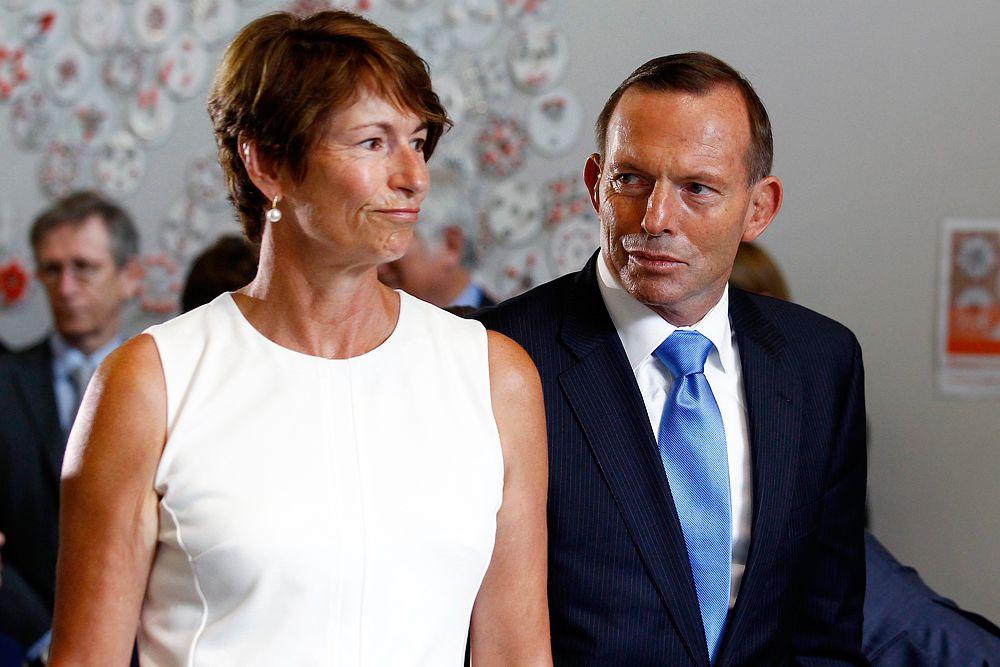 О жене Тони Эбботта, премьер-министра Австралии, известно немного. В России о ней могли услышать, пожалуй, только в ноябре 2014 года, когда саммит G20 проходил в Австралии. Тогда, в рамках женской программы саммита Марджи показала первым леди стран «двадцатки» дикую природу Австралии, устроив гостьям прогулку по национальному парку под Брисбеном и фотосессию с коалами.