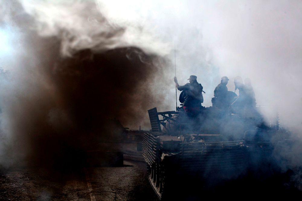 Из Кутаиси в сторону Гори началось выдвижение армейских грузовиков с солдатами, БМП, установок залпового огня и артиллерийских орудий.