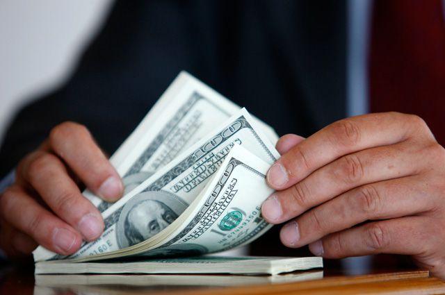 Новосибирский бизнесмен вывел за рубеж 1 мнл. под видом оплаты контракта