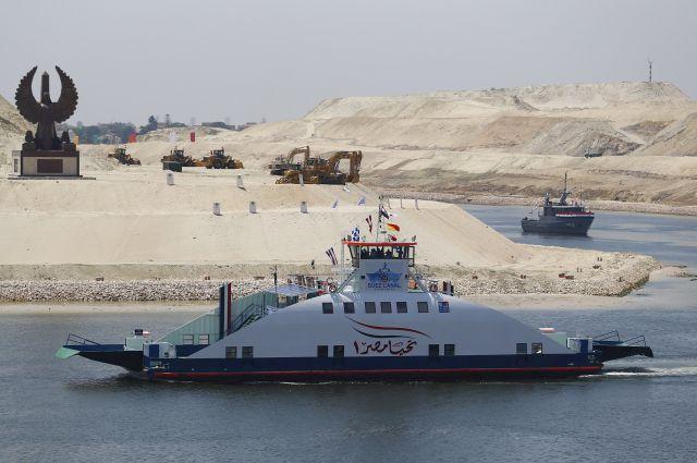 Суэцкий канал модернизировали всей страной.