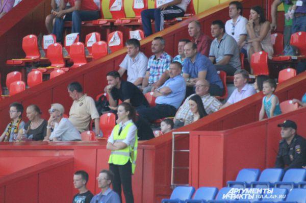 На матче присутствовал Дмитрий Аленичев.