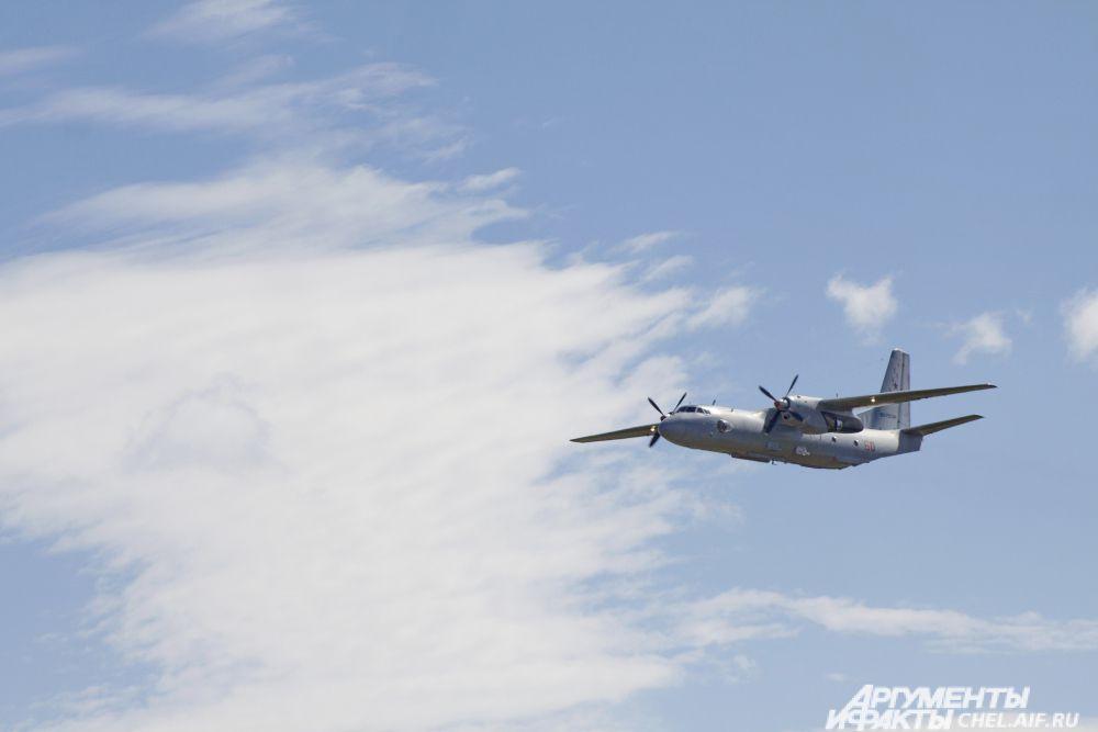 Самолёт Ан-26Ш.