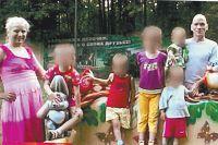 Старшему ребёнку было 7 лет, младшему - около года. Семья ждала 7-го ребёнка.