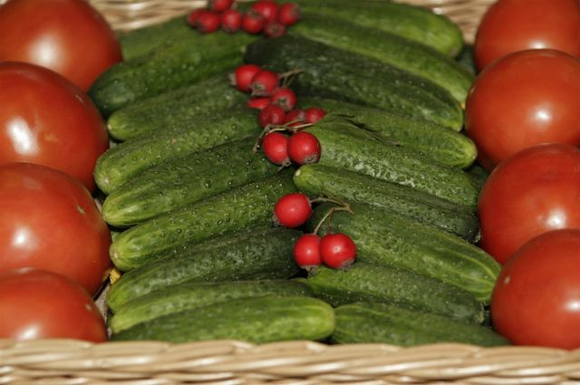В Сибири дешевеют овощи.