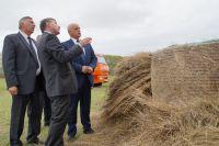 Виктор Назаров присутствовал на открытии крупяного завода.