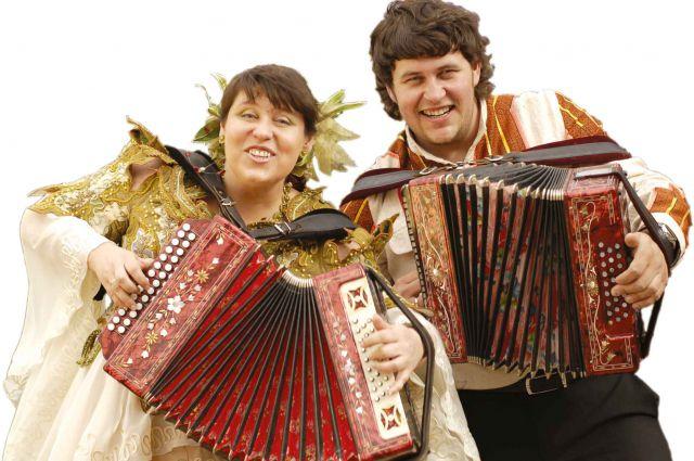 Омичи услышат известные песни Геннадия Заволокина.