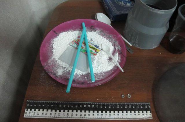 Наркотик был изготовлен в бытовых условиях.