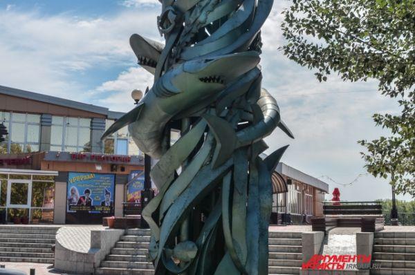 Иркутск. Скульптура обитателей морских глубин.