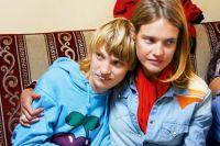 Наталья Водянова с сестрой Оксаной.