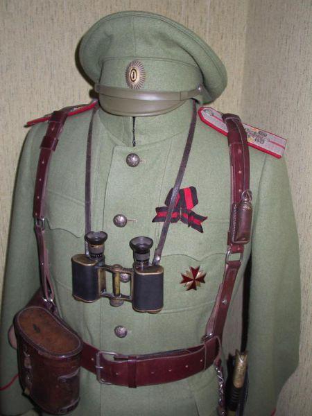 Походная офицерская форма Лейб-гвардии Казачьего Его Величества полка периода I мировой войны..