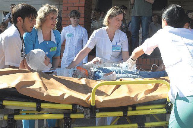 Пять пострадавших были госпитализированы.