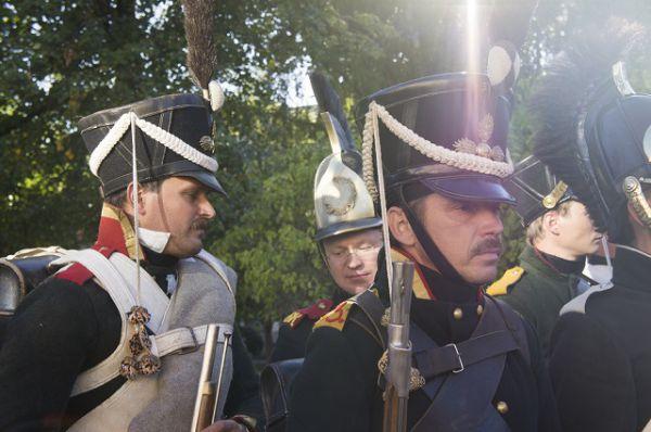 Члены пензенских военно-исторических клубов с одинаковым удовольствием представляли русских и французских солдат