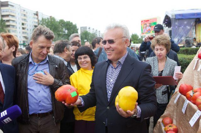 Александр Усс и минусинские помидоры.