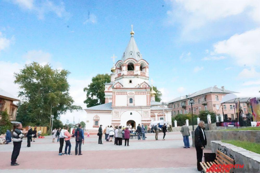 Основными площадками стали центральный сквер и Соборная площадь.