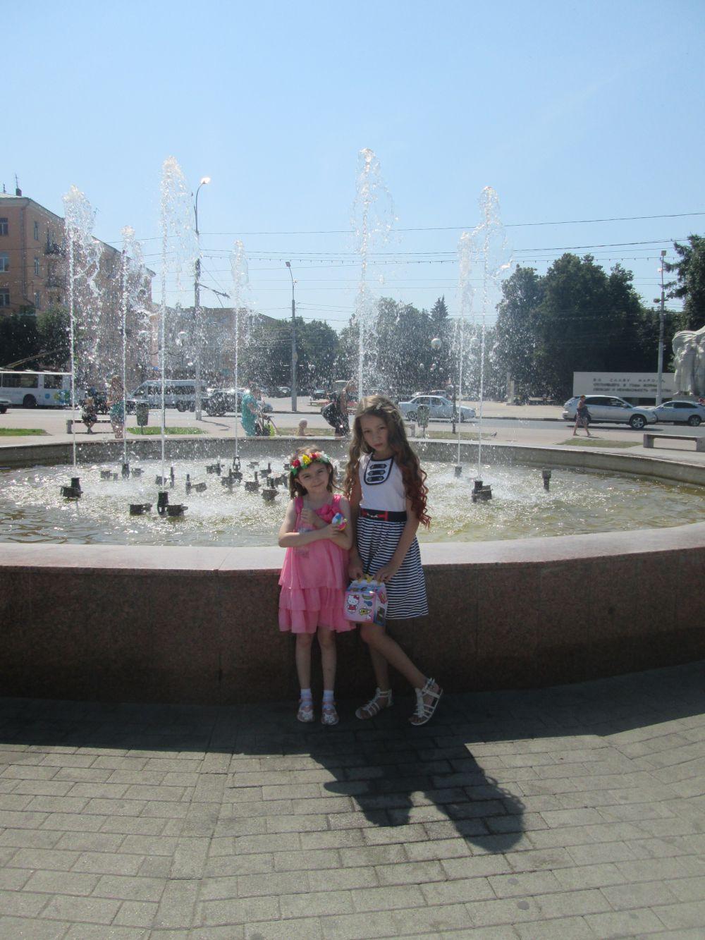 На фото - семилетняя Валерия Чижова. Фото мамы - Надежды Зиминой.