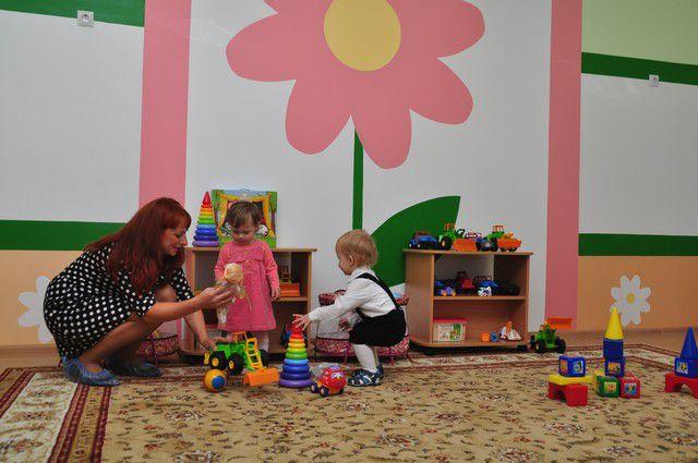 Малыши довольны - им хватило мест в детском саду.