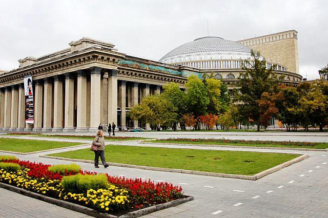 На ремонт новосибирского оперного театра выделили 179 млн рублей