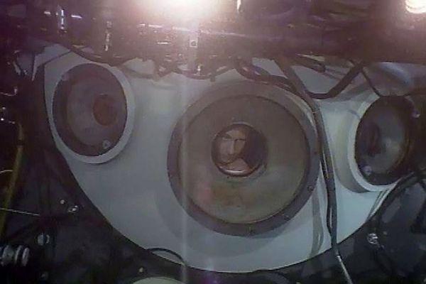1 августа 2009 года. Владимир Путин во время погружения на глубоководном аппарате «Мир-1» на дно озера Байкал.