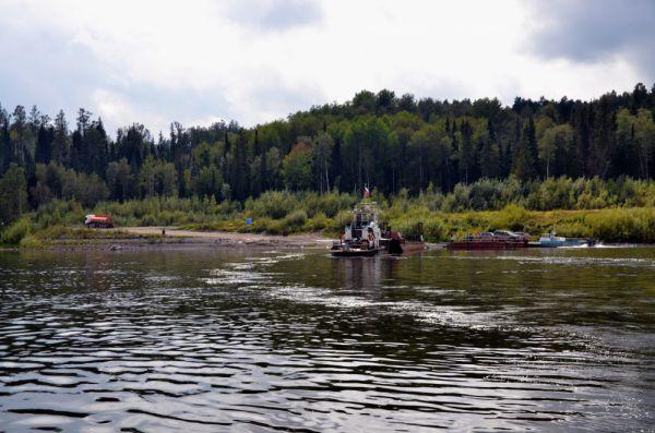 Паром на реке Тасеевой