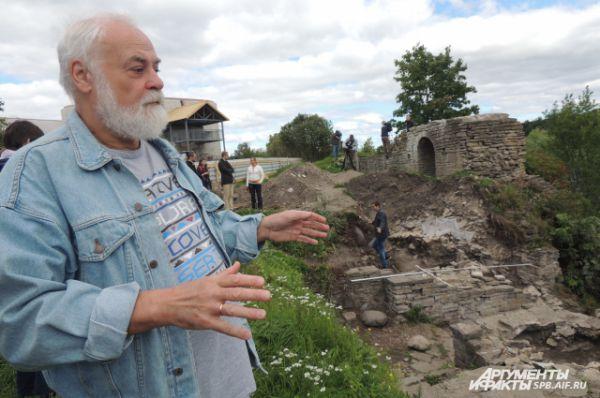 По словам директора Института истории материальной культуры РАН  Владимира Лапшина, клад стал самой интересной находкой в Старой Ладоге за многие годы.